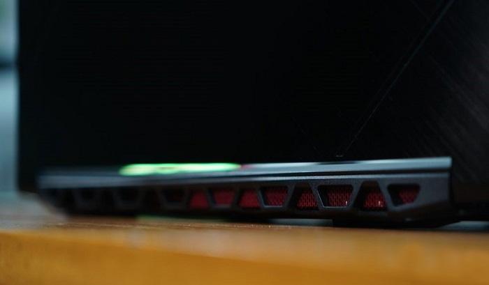 Acer-Nitro-7 Power rises to 6100 rpm